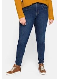Jeans in elastischer Denim-Qualität