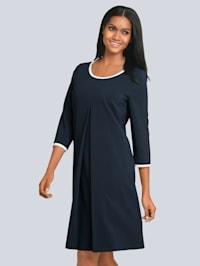 Kleid mit edler Falte im Vorderteil
