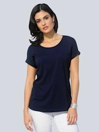 Tričko s prodlužujícím delícím šitím na předním díle