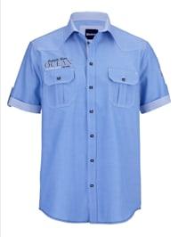 Skjorta i oxfordmaterial