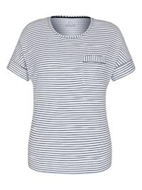 Shirt mit Mustermix und überschnittenen Schultern