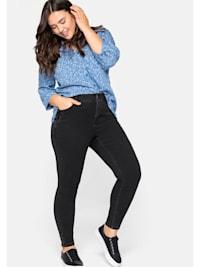"""Jeans mit """"Ultimate Stretch"""" - wächst bis 3 Größen mit"""
