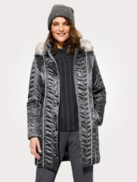 Quilted jacket with a detachable hood