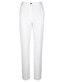 Kalhoty s malým rozparkem na zakončení spodní části