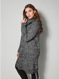 Dlouhý pulovr s rolákovým límcem