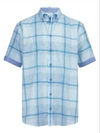 Skjorta i luftigt material