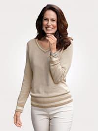 Jumper in a jacquard knit
