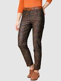 Nohavice s dekoratívnym kontrastným šitím