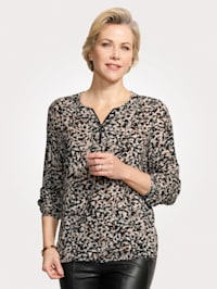 Pull-on blouse with zip
