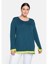 Shirt mit kontrastfarbenen Einsätzen