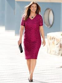 Kleid in edler Spitzen-Qualität