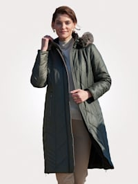 Doorgestikte jas in extra lang model
