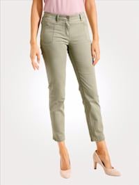 Jeans mit moderner Taschenlösung