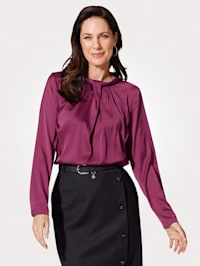 Pull-on blouse made from satin