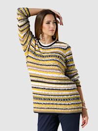 Pullover mit modischem Effektgarn