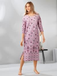 Domáce šaty s peknou bordúrovou potlačou