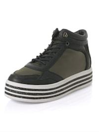 Sneaker mit Glitzersohle