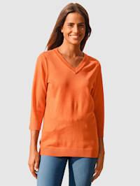 Pullover in schlichter Form