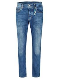Jeans im modernen 5-Pocket-Design