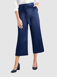 Kiiltävät Culottes-housut ja solmittava vyö