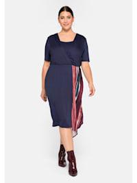 Jerseykleid mit Zipfeleinsatz