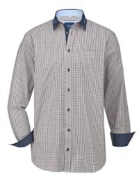 Košile s výraznými detaily