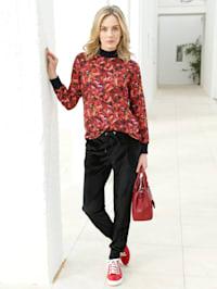 Bluse mit floralem Muster allover