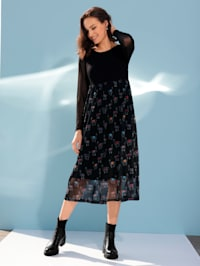 Jerseykleid mit Lama-Motiven