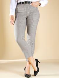 Nohavice v károvanom dizajne