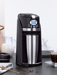 """Cafetière filtre """"Thermo 2 Go Grind & Brew"""" 1 personne, avec broyeur intégré, programmateur 24 heures & mug isotherme To Go de 0,4 litre"""