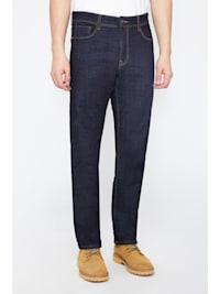Jeanshose in klassischer 5-Pocket-Form
