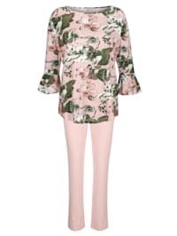 Pyjama met romantische volants aan de mouwzomen