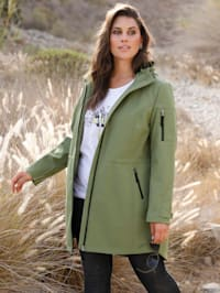 Softshell jas met praktische capuchon