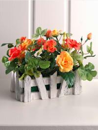Roses sauvages das jardinière façon clôture