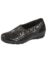 Kimaltavat kengät