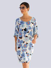 Šaty s celoplošným kvetinovým vzorom