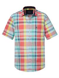Rutig skjorta i sommarlätt material
