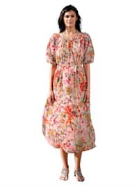 Klänning i blommigt