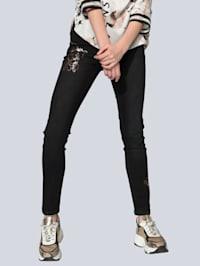 Jeans mit Metallic-Akzenten