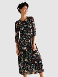 Šaty z obzvlášť mäkkej kvality