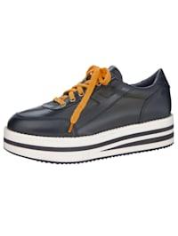 Sneaker met modieuze plateauzool