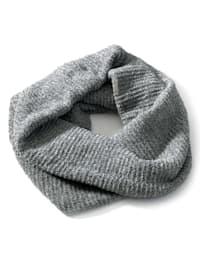 Schal in Loop-Form