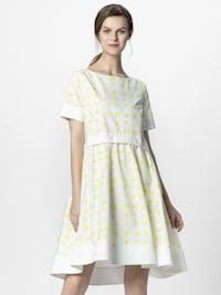 Sommerkleid in Tupfen-Print
