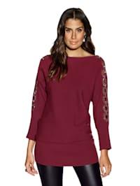 Pullover mit Cut-Outs und Strasssteinchen