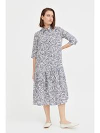 Kleid mit ausgestelltem Schnitt