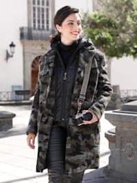 Manteau court avec empiècement surpiqué