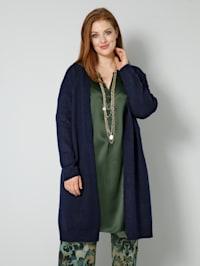 Pletený kabát v hrubém pletení