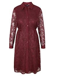 Spetsklänning med krage och knappslå