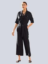 Jumpsuit in trendy model