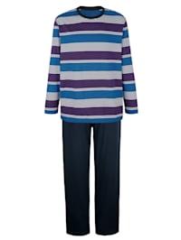 Pyjamas med garnfärgade ränder